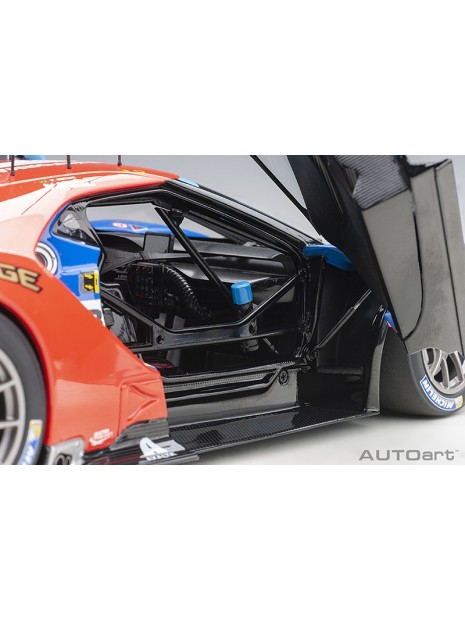Ford GT Le Mans 2017 Derani/Priaulx/Tincknell n°67 1/18 AUTOart AUTOart - 13