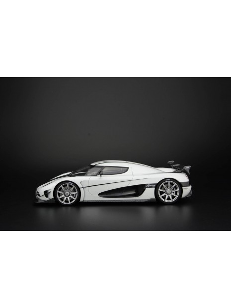 Koenigsegg Agera RS (blanc) 1/18 Frontiart FrontiArt - 2