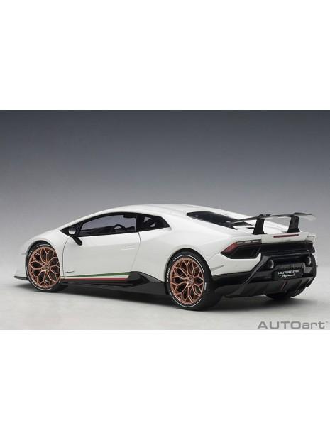 Lamborghini Huracán Performante 1/18 AUTOart AUTOart - 2