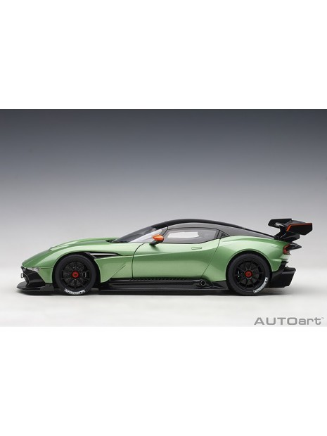 Aston Martin Vulcan 1/18 AUTOart AUTOart - 52