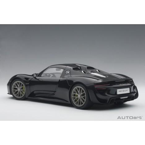 Mercedes-AMG GT3 2015 1/18 AUTOart - 1