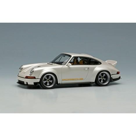 copy of Porsche 911 GT1 EVO Straßenversion 1997 (Silver) 1/43 Make Up Eidolon Make Up - 1