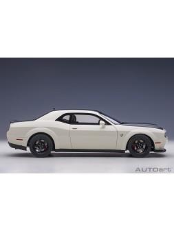 Lamborghini Urus white 1:18 MR Collection