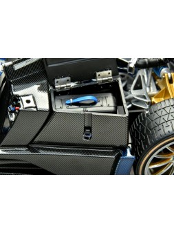 Mercedes-Benz G63 AMG 6x6 AUTOart 1/18 - 42